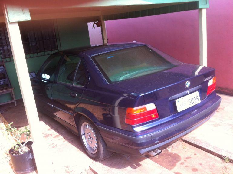 BMW 325i Coupé 2.5 24V - Foto #1
