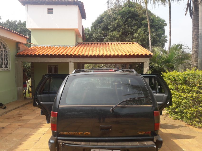 Chevrolet Blazer DLX Executive 4x2 4.3 SFi V6 - Foto #3