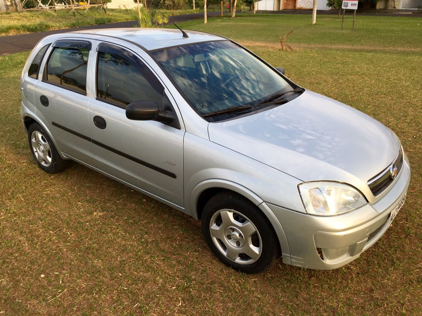 Chevrolet Corsa Hatch Joy 1.0 (Flex) - Foto #3