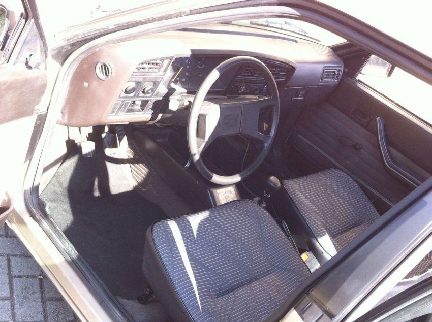 Chevrolet Monza Sedan 1.8 - Foto #4