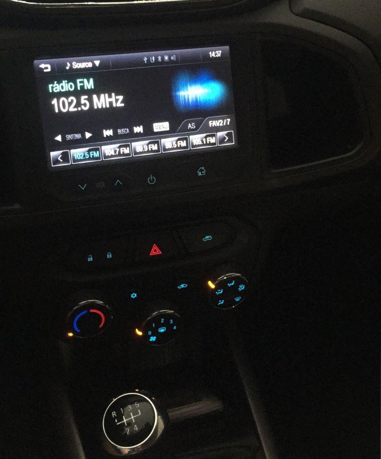 Chevrolet Onix 1.4 LT SPE/4 Eco - Foto #2