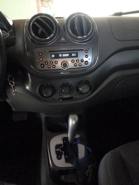 Fiat Palio Essence 1.6 16V Dualogic (Flex) - Foto #9