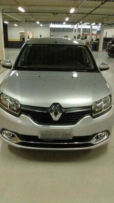 Renault Logan Dynamique 1.6 8V - Foto #7