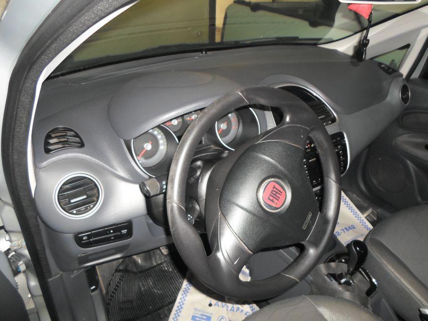 Fiat Punto Essence 1.6 16V Dualogic (Flex) - Foto #3