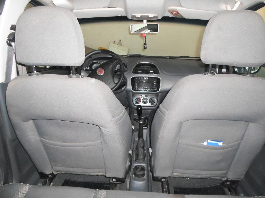 Fiat Punto Essence 1.6 16V Dualogic (Flex) - Foto #7