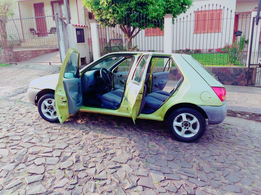 Ford Fiesta Hatch 1.0 MPi 4p - Foto #9