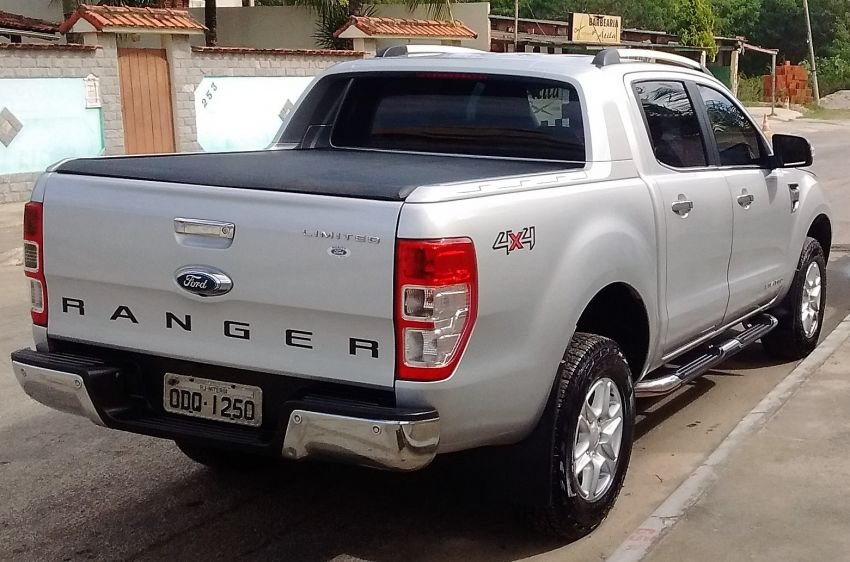Ford Ranger 3.2 TD 4x4 CD Limited Auto - Foto #9