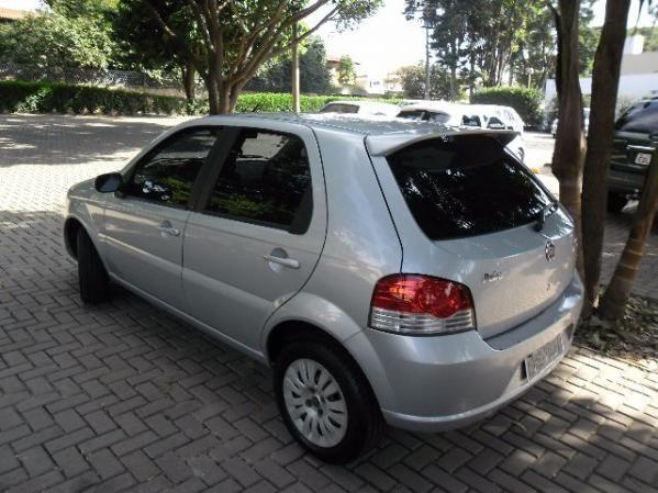 Fiat Palio Attractive 1.4 (Flex) - Foto #3