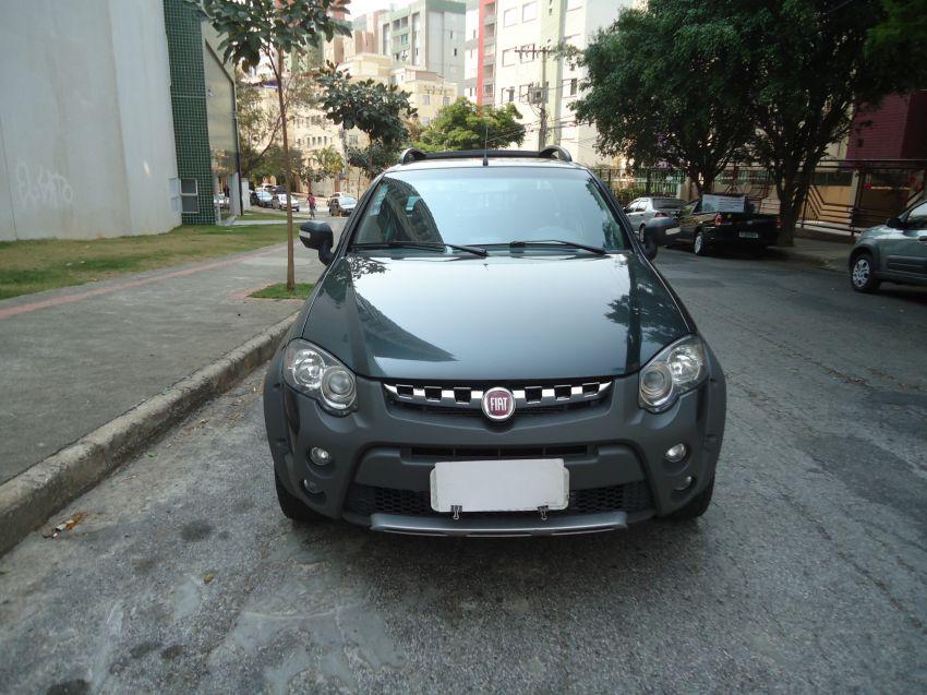 Fiat Strada Adventure 1.8 16V (Flex) (Cab Dupla) - Foto #4