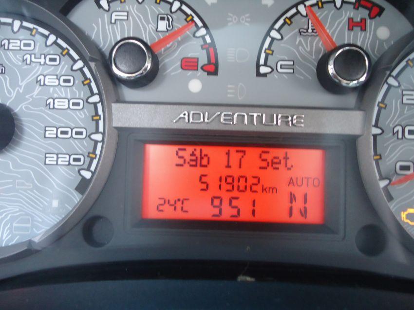Fiat Strada Adventure 1.8 16V (Flex) (Cab Dupla) - Foto #7