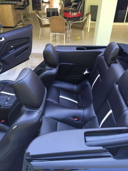 Ford Mustang GT Conversível - Foto #3
