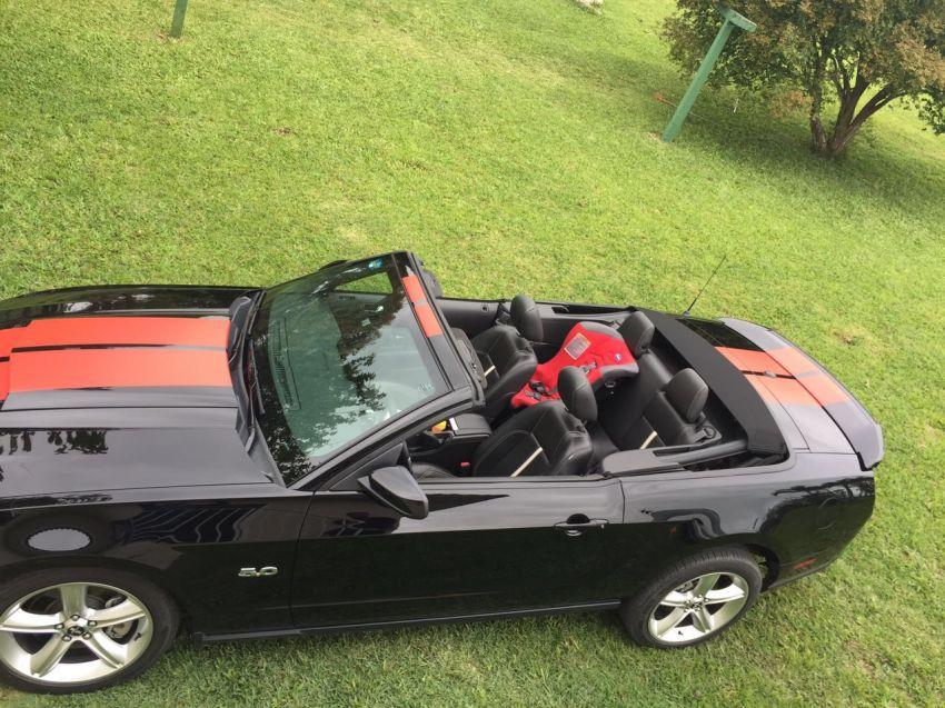 Ford Mustang GT Conversível - Foto #2
