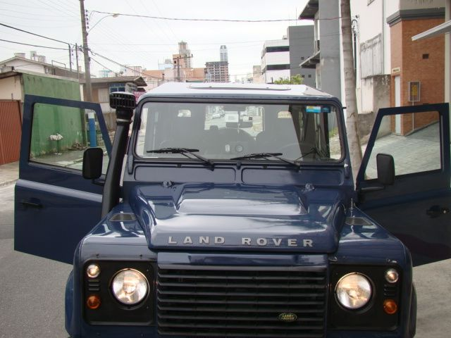 Land Rover Defender 110 4x4 2.4 S - Foto #5