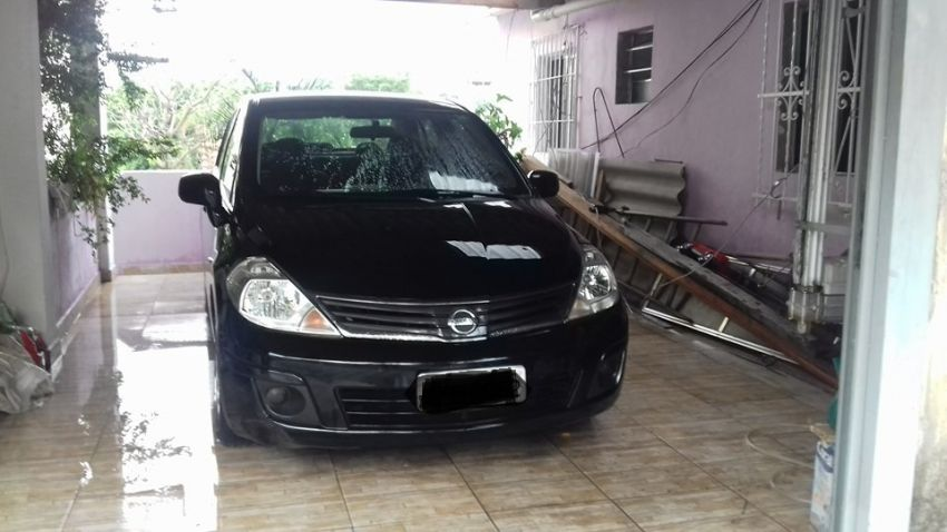 Nissan Tiida Sedan 1.8 16V (Flex) - Foto #2