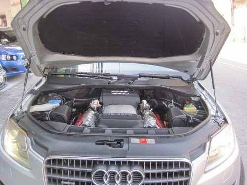 Audi Q7 4.2 V8 FSI - Foto #2