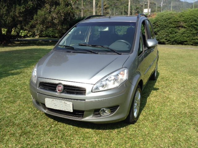 Fiat Idea Attractive 1.4 (Flex) - Foto #7