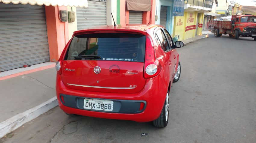 Fiat Palio Essence 1.6 16V Dualogic (Flex) - Foto #2
