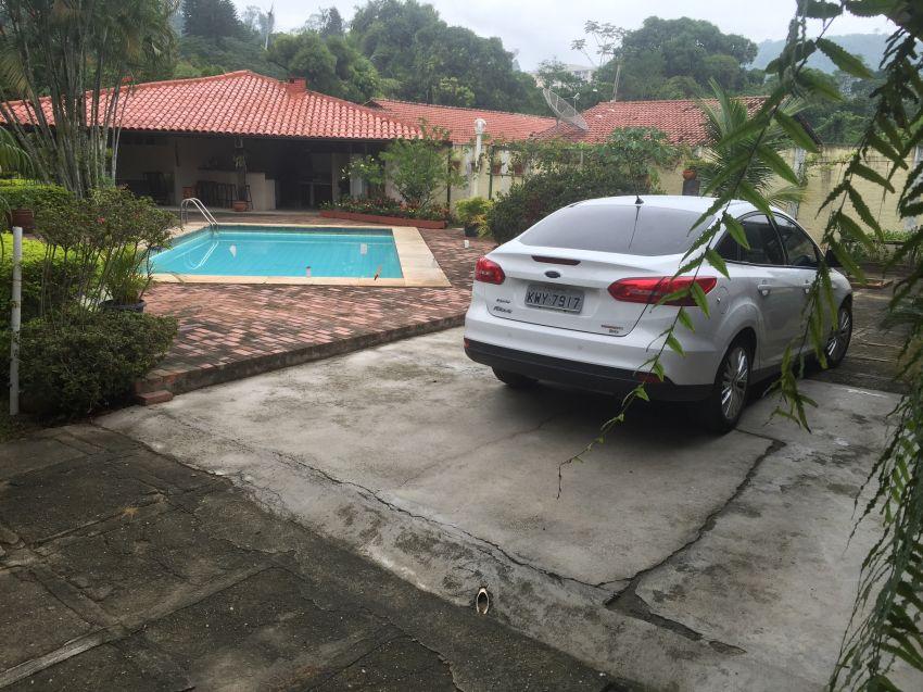 Ford Focus Sedan SE Plus 2.0 PowerShift - Foto #4