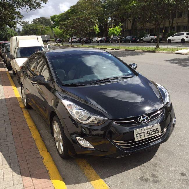 Hyundai Elantra Sedan GLS 1.6 - Foto #2