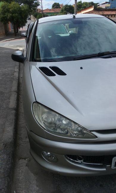 Peugeot 206 Hatch. Feline 1.6 16V (flex) - Foto #1