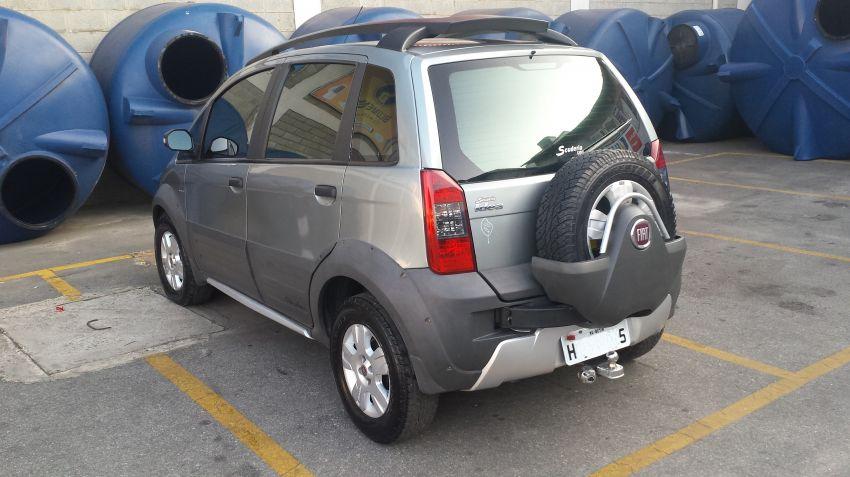 Fiat Idea 1.8 Adventure Dualogic (Flex) - Foto #8