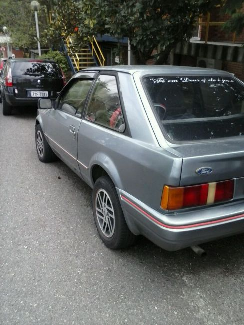 Ford Escort Hatch Hobby 1.0 - Foto #5