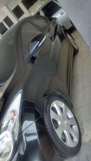 Hyundai Elantra Sedan GLS 1.8 16V (Aut) - Foto #3