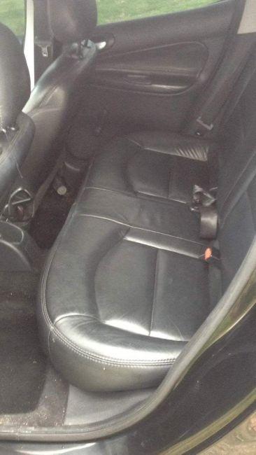 Peugeot 207 XR 1.4 (10 ANOS BRASIL)(Flex) 4p - Foto #3