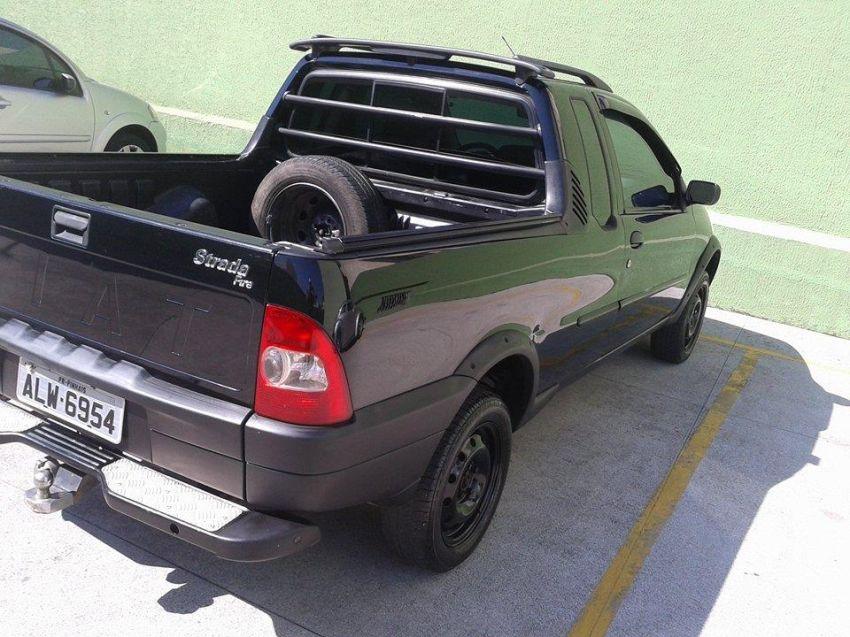 Fiat Strada Fire 1.3 8V (Cab Estendida) - Foto #1