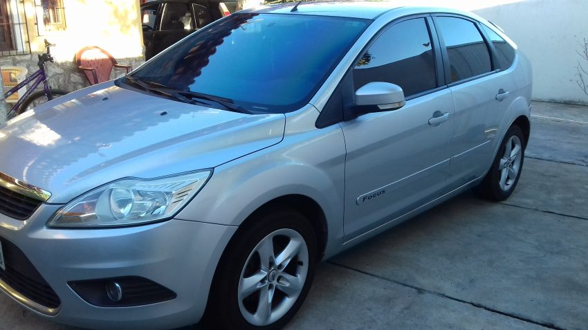 Ford Focus Hatch GLX 2.0 16V - Foto #7