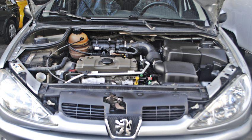 Peugeot 206 Hatch. Feline 1.4 8V (flex) - Foto #2