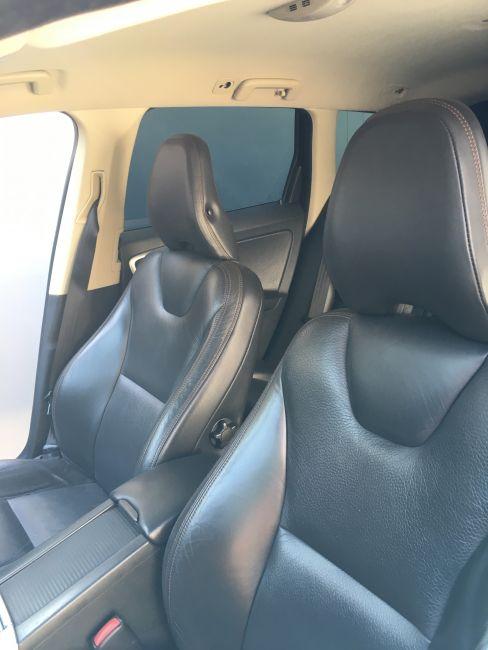 Volvo XC60 3.0 T6 AWD R-Design (Aut) - Foto #4