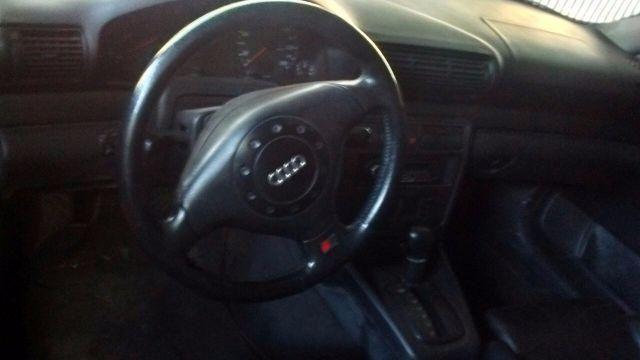 Audi A4 1.8 20V Turbo - Foto #5