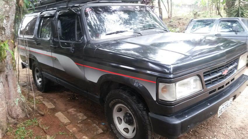 Chevrolet Veraneio Custom De Luxe 4.1 - Foto #1