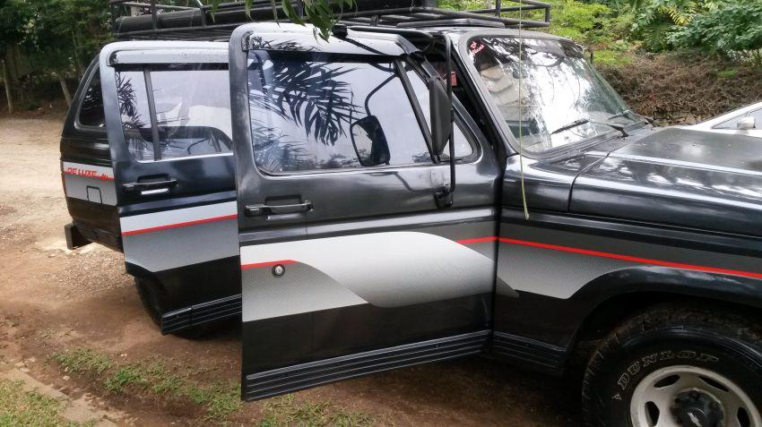 Chevrolet Veraneio Custom De Luxe 4.1 - Foto #9