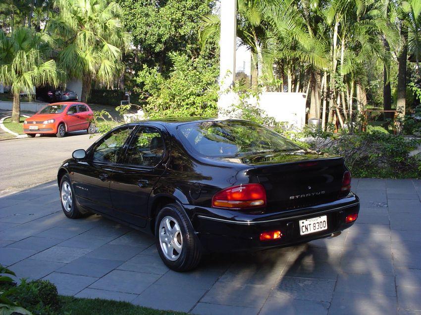 Chrysler Stratus Sedan LX 2.5 (aut) - Foto #3