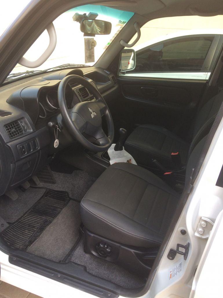 Mitsubishi Pajero TR4 2.0 16V 4x2 (flex) - Foto #6