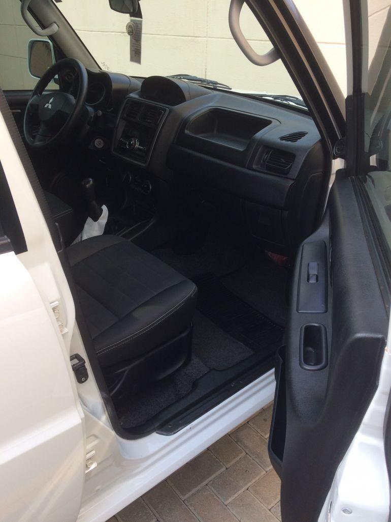 Mitsubishi Pajero TR4 2.0 16V 4x2 (flex) - Foto #7