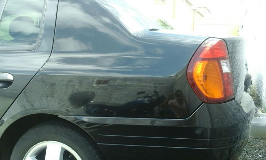 Renault Clio Sedan RN 1.0 16V - Foto #3