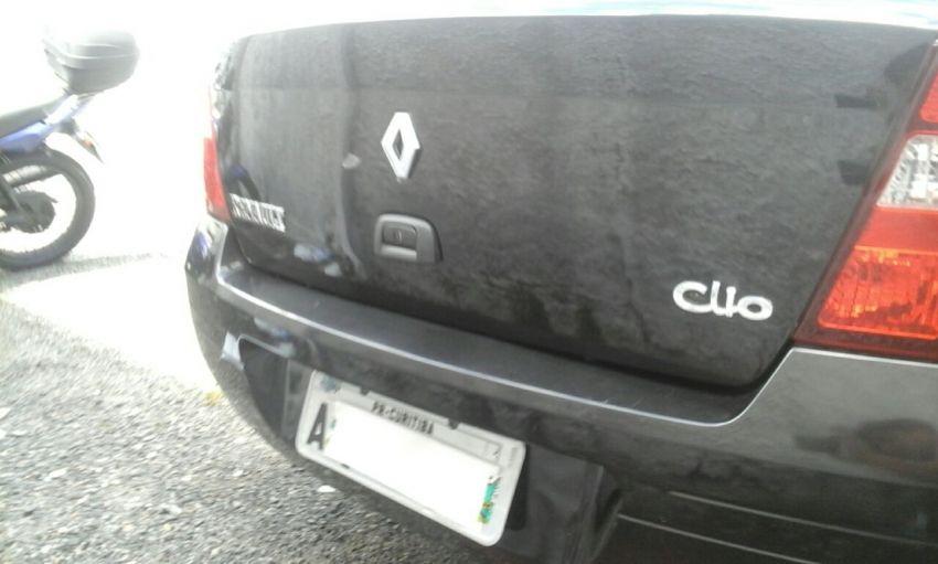 Renault Clio Sedan RN 1.0 16V - Foto #8