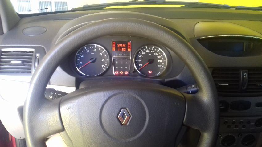 Renault Symbol 1.6 16V Expression (flex) - Foto #6