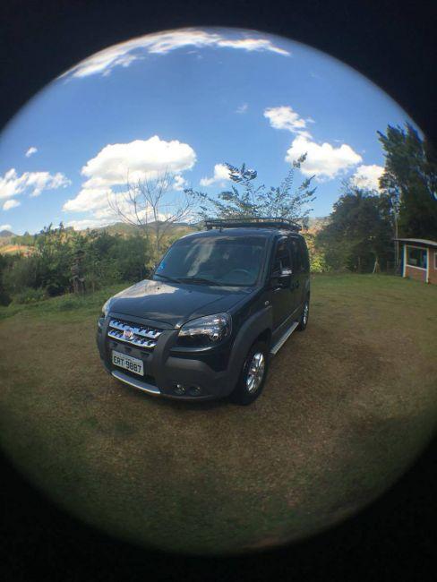 Fiat Doblò Adventure 1.8 16V (Flex) - Foto #2
