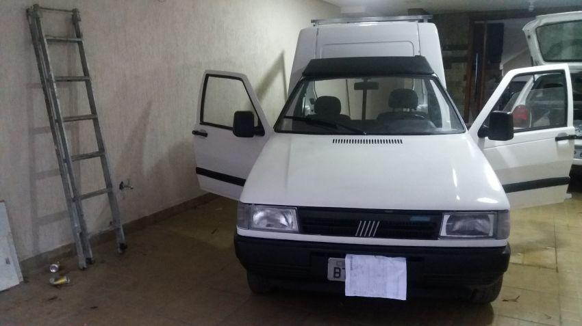 Fiat Fiorino Furgao 1.5 - Foto #2