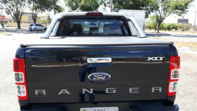 Ford Ranger XLT 4x2 2.5 Turbo (Cab Dupla) - Foto #2