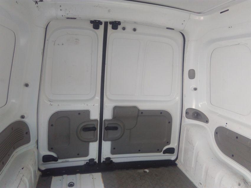 Renault Kangoo Express 1.6 16V Hi-Flex (com porta lateral corr.) - Foto #3