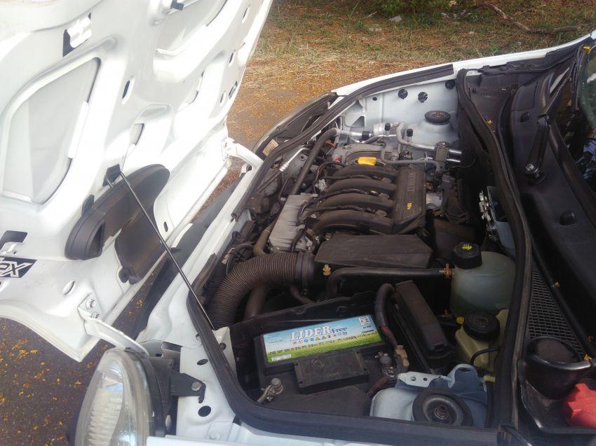 Renault Kangoo Express 1.6 16V Hi-Flex (com porta lateral corr.) - Foto #5