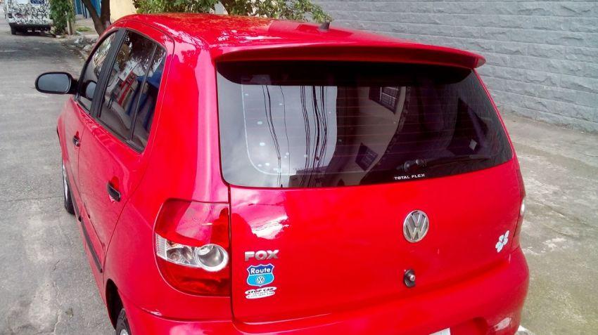 Volkswagen Fox Route 1.0 8V (Flex) 4p - Foto #3