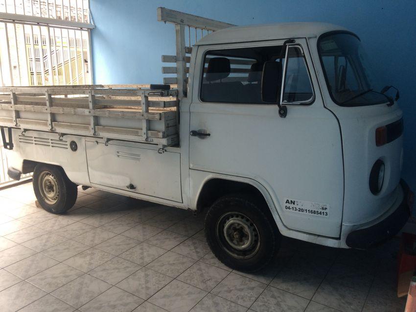 Volkswagen Kombi Pick-Up 1.6 (cab. simples) - Foto #1