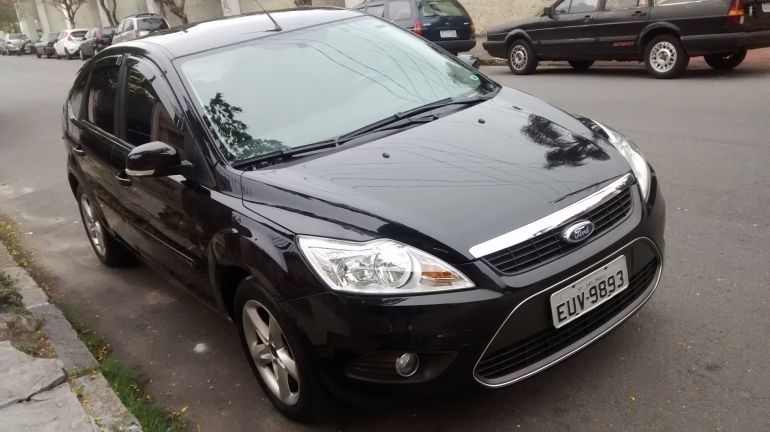 Ford Focus Hatch GLX 1.6 16V (Flex) - Foto #5
