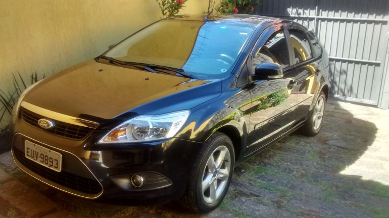 Ford Focus Hatch GLX 1.6 16V (Flex) - Foto #8